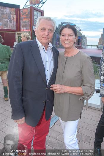 Das Land des Lächelns Premiere - Seefestspiele Mörbisch - Do 11.07.2019 - Rudolf HUNDSTORFER mit Ehefrau Karin RISSER61