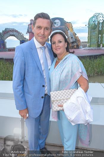Das Land des Lächelns Premiere - Seefestspiele Mörbisch - Do 11.07.2019 - Peter HANKE mit Ehefrau66