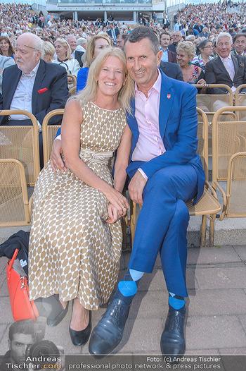 Das Land des Lächelns Premiere - Seefestspiele Mörbisch - Do 11.07.2019 - Thomas STARLINGER mit Ehefrau Ursula74