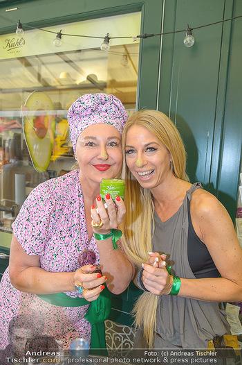 Kiehl´s Avocado Creme Präsentation - Neni am Naschmarkt, Wien - Mi 31.07.2019 - Andrea BUDAY, Yvonne RUEFF4