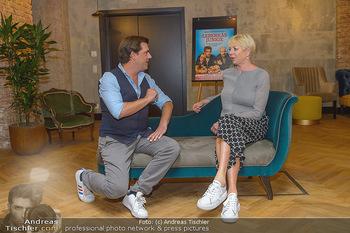 Interviewtermin Leberkäsjunkie - Max Brown Hotel, Wien - Do 01.08.2019 - Rita FALK, Christian SINEMUS2