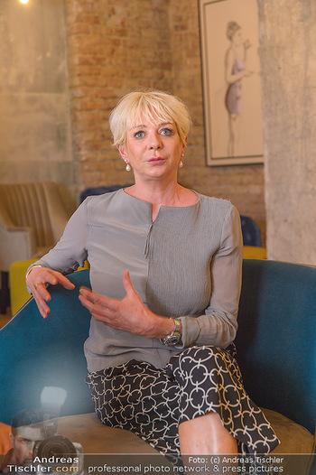 Interviewtermin Leberkäsjunkie - Max Brown Hotel, Wien - Do 01.08.2019 - Rita FALK4
