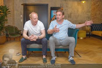 Interviewtermin Leberkäsjunkie - Max Brown Hotel, Wien - Do 01.08.2019 - Simon SCHWARZ, Sebastian BEZZEL17