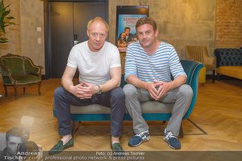 Interviewtermin Leberkäsjunkie - Max Brown Hotel, Wien - Do 01.08.2019 - Simon SCHWARZ, Sebastian BEZZEL21