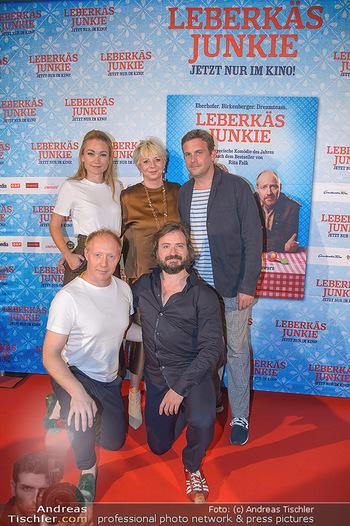 Kinopremiere ´Leberkäsjunkie´ - Cineplexx Donauplex - Do 01.08.2019 - Gruppenfoto Cast Simon SCHWARZ, Sebastian BEZZEL, Lisa Maria POT23