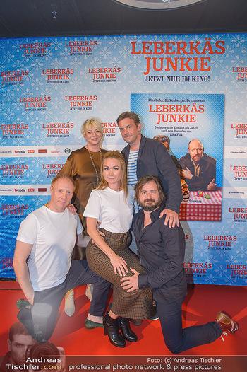 Kinopremiere ´Leberkäsjunkie´ - Cineplexx Donauplex - Do 01.08.2019 - Gruppenfoto Cast Simon SCHWARZ, Sebastian BEZZEL, Lisa Maria POT24
