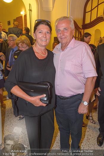Festspielpremiere Berndorf - Stadttheater Berndorf - Do 01.08.2019 - Rudolf HUNDSTORFER mit Ehefrau Karin RISSER4