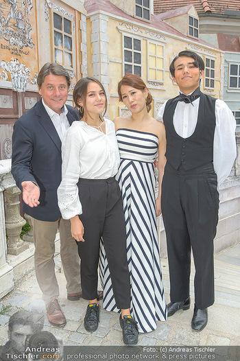 Premiere Stockerau Festspiele - Stockerau - Fr 02.08.2019 - Christian SPATZEK mit Familie Ehefrau Sun Young und Kindern Fabi49