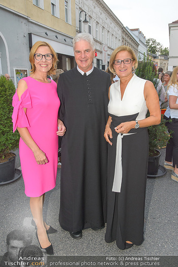 Premiere Stockerau Festspiele - Stockerau - Fr 02.08.2019 - Andrea VÖLKL, Johanna MIKL-LEITNER, Abt Columban LUSER68