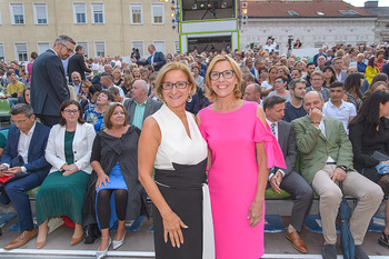 Premiere Stockerau Festspiele - Stockerau - Fr 02.08.2019 - Johanna MIKL-LEITNER, Andrea VÖLKL85