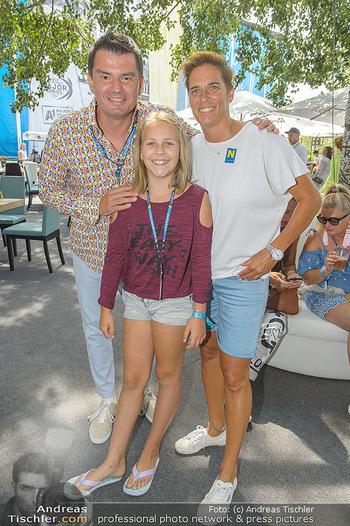 Beachvolleyball - Donauinsel Wien - Sa 03.08.2019 - Michaela DORFMEISTER mit Tochter Lea und Freund Thomas LERCH2