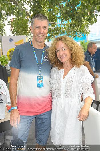 Beachvolleyball - Donauinsel Wien - Sa 03.08.2019 - Sandra PIRES mit Freund Bernhard13