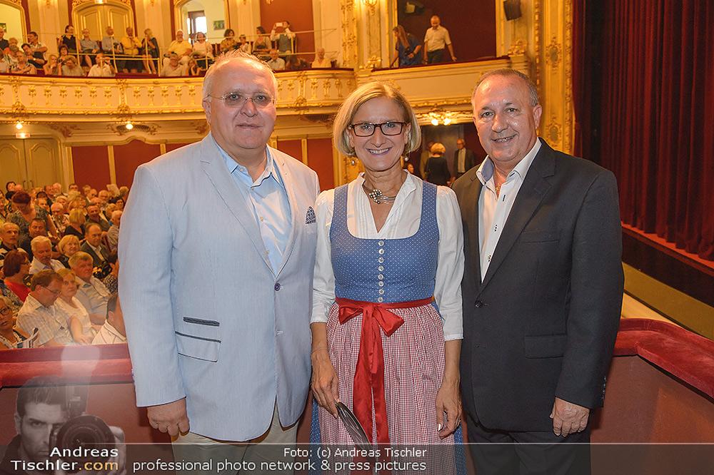 LH Mikl-Leitner besucht die Festspiele - 2019-08-08 - Stadttheater Berndorf