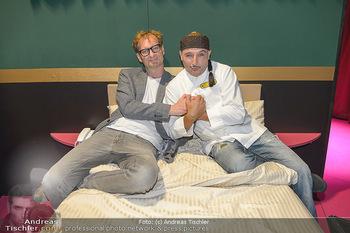 LH Mikl-Leitner besucht die Festspiele - Stadttheater Berndorf - Do 08.08.2019 - Alexander JAGSCH, Christoph FÄLBL6