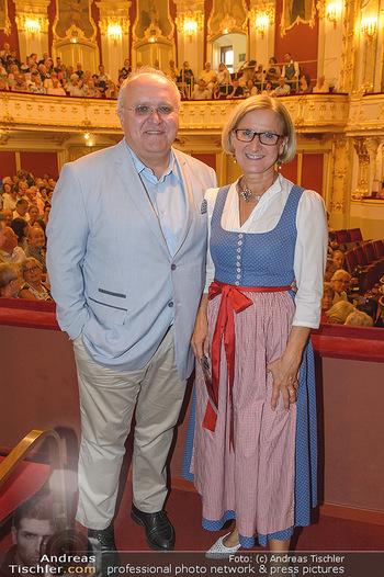LH Mikl-Leitner besucht die Festspiele - Stadttheater Berndorf - Do 08.08.2019 - Johanna MIKL-LEITNER mit Ehemann Andreas11