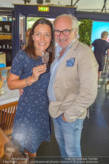 Eisdessert Wettbewerb - Summerstage, Wien - Mo 12.08.2019 - Michael SCHOTTENBERG mit Freundin Claire6