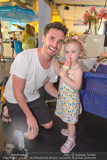 Eisdessert Wettbewerb - Summerstage, Wien - Mo 12.08.2019 - James COTTRIAL mit Tochter Lilly26