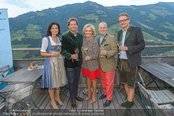 Weinverkostung - Böglalm, Alpbach - Mi 28.08.2019 - Silvia GRÜNBERGER, Trevor D. TRAINA, Kathryn HALL, Wolfgang ROS1