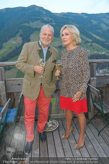 Weinverkostung - Böglalm, Alpbach - Mi 28.08.2019 - Kathryn HALL, Wolfgang ROSAM30
