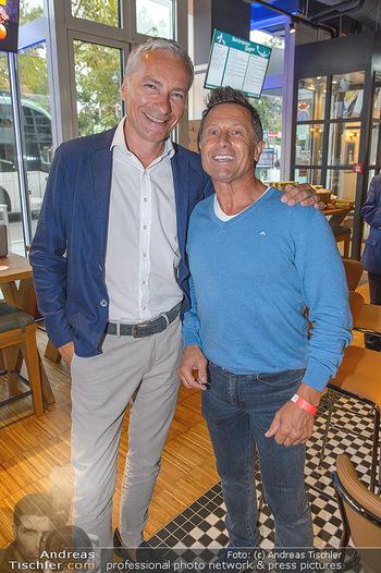 Champions Sports Bar Reopening - Vienna Marriott Hotel - Mo 02.09.2019 - Rainer PARIASEK, Hans ENN2
