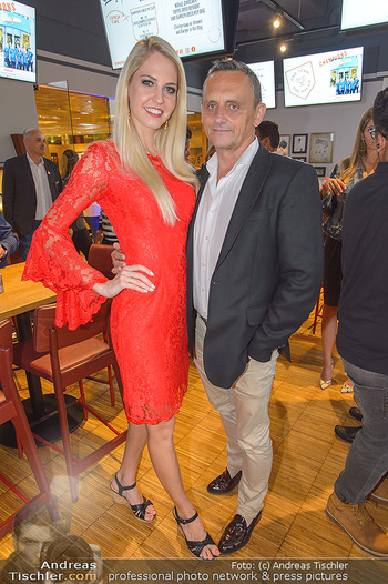 Champions Sports Bar Reopening - Vienna Marriott Hotel - Mo 02.09.2019 - Miss Vienna Beatrice KÖRMER, Heimo TURIN7
