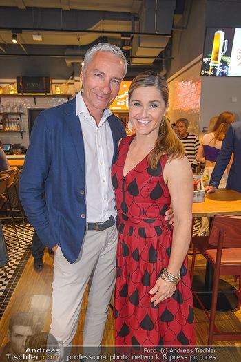 Champions Sports Bar Reopening - Vienna Marriott Hotel - Mo 02.09.2019 - Rainer PARIASEK, Elisabeth Lizz GÖRGL8