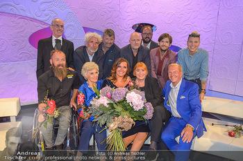 20 Jahre Barbara Karlich Show - ORF Zentrum - Di 03.09.2019 - Gruppenfoto der Teilnehmer an der Jubiläumsshow rund um Barbara23