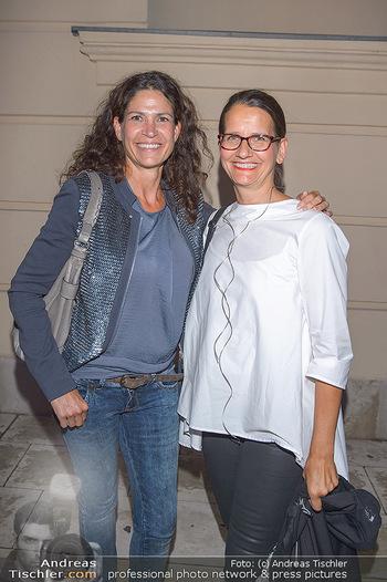 Fashion Week Opening - MQ Museumsquartier, Wien - Mo 09.09.2019 - Caro STRASNIK, Birgit INDRA31
