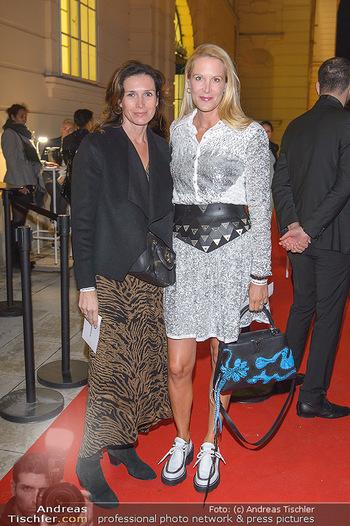 Fashion Week Opening - MQ Museumsquartier, Wien - Mo 09.09.2019 - Eva DICHAND, Caroline MAUTNER-MARKHOFF48