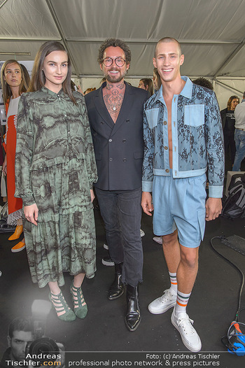 Fashion Week Opening - MQ Museumsquartier, Wien - Mo 09.09.2019 - Marcel OSTERTAG mit Models56