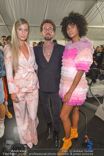 Fashion Week Opening - MQ Museumsquartier, Wien - Mo 09.09.2019 - Marcel OSTERTAG mit Models58