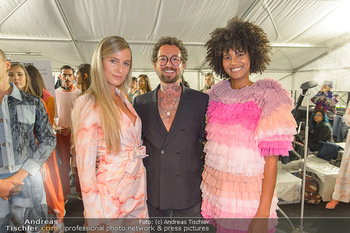Fashion Week Opening - MQ Museumsquartier, Wien - Mo 09.09.2019 - Marcel OSTERTAG mit Models59