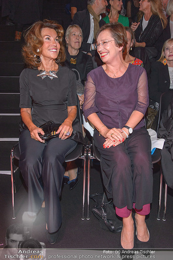 Fashion Week Opening - MQ Museumsquartier, Wien - Mo 09.09.2019 - Doris SCHMIDAUER, Brigitte BIERLEIN72