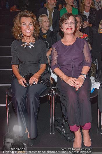 Fashion Week Opening - MQ Museumsquartier, Wien - Mo 09.09.2019 - Doris SCHMIDAUER, Brigitte BIERLEIN74