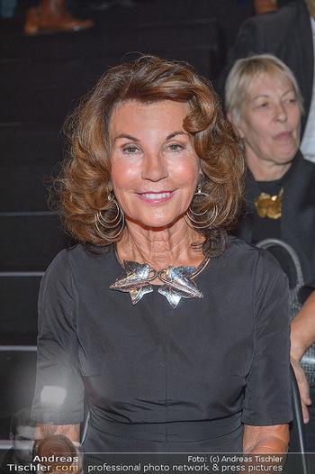 Fashion Week Opening - MQ Museumsquartier, Wien - Mo 09.09.2019 - Brigitte BIERLEIN (Portrait)75