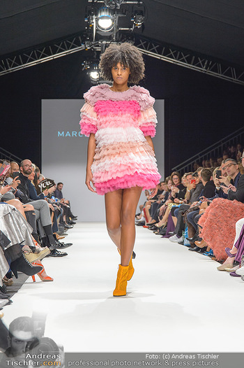 Fashion Week Opening - MQ Museumsquartier, Wien - Mo 09.09.2019 - Model am Laufsteg (Designer M Ostertag)85