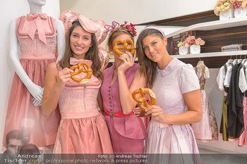 Aufdirndln für die Damenwiesn - Sportalm Store, Wien - Do 12.09.2019 - Models (Mina, Dalia, Anna HUBER)16