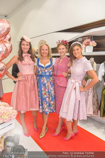 Aufdirndln für die Damenwiesn - Sportalm Store, Wien - Do 12.09.2019 - Models (Mina, Dalia, Anna HUBER), Ulli EHRLICH24