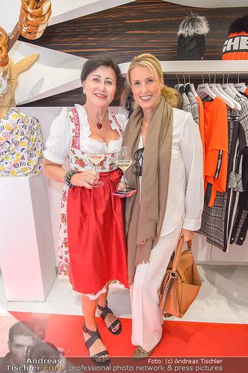 Aufdirndln für die Damenwiesn - Sportalm Store, Wien - Do 12.09.2019 - 33