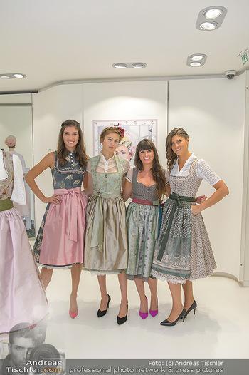 Aufdirndln für die Damenwiesn - Sportalm Store, Wien - Do 12.09.2019 - Models (Mina, Dalia, Anna HUBER), Julia Pia MAIER38