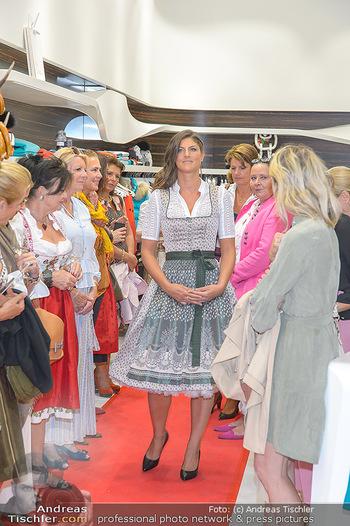 Aufdirndln für die Damenwiesn - Sportalm Store, Wien - Do 12.09.2019 - 46