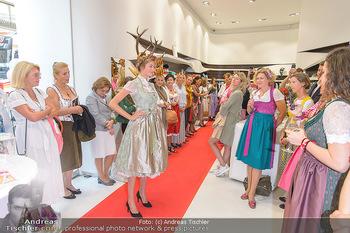 Aufdirndln für die Damenwiesn - Sportalm Store, Wien - Do 12.09.2019 - 48