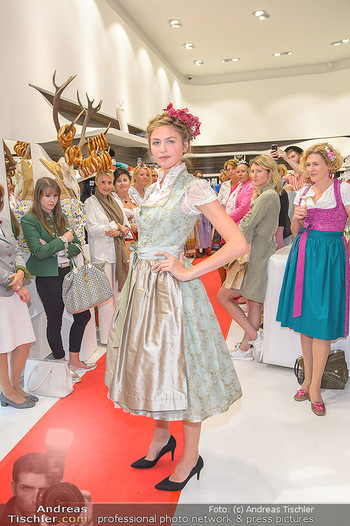 Aufdirndln für die Damenwiesn - Sportalm Store, Wien - Do 12.09.2019 - 50