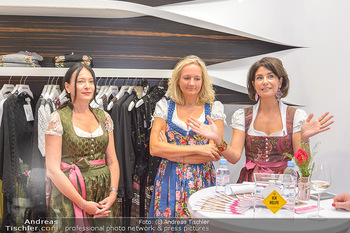 Aufdirndln für die Damenwiesn - Sportalm Store, Wien - Do 12.09.2019 - 52