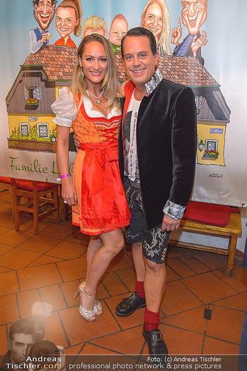 120 Jahre Jubiläum - Schreiberhaus, Wien - Fr 13.09.2019 - Gregor GLANZ mit Freundin Daniela55