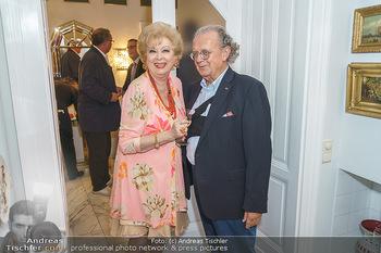 Privatempfang für Franz Patay - Privatwohnung Sarata - Mo 16.09.2019 - Birgit SARATA, Hans Peter SPAK15