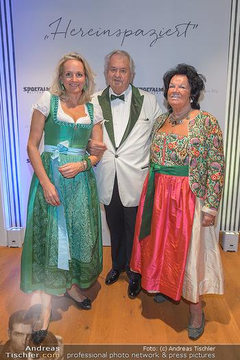 Sportalm Schauraum Opening - Palais Wessely, Wien - Di 17.09.2019 - Ulli EHRLICH mit Eltern Willie und Herta4