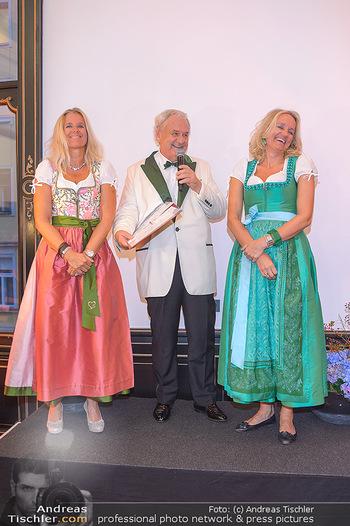 Sportalm Schauraum Opening - Palais Wessely, Wien - Di 17.09.2019 - Willie EHRLICH mit Töchtern Kristina und Ulli38