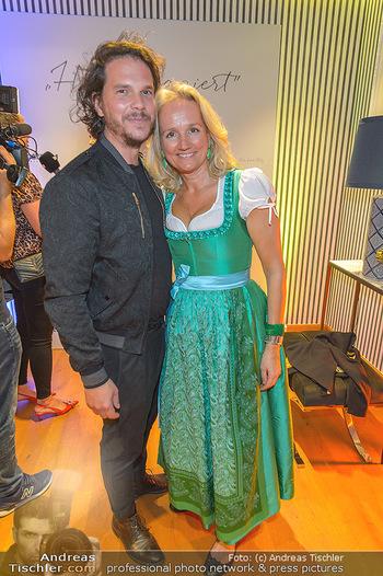 Sportalm Schauraum Opening - Palais Wessely, Wien - Di 17.09.2019 - Ulli EHRLICH mit Ehemann Roland REINMÜLLER48