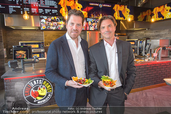 Restaurant Opening - Chili eats honey, Parndorf - Do 19.09.2019 - Daniel SERAFIN, Tomas SEIKMANN11